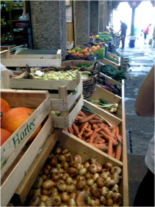 Saturday at the food market in Santiago, fruits and vegetables