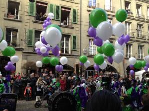 So many colors at the carnival parade!