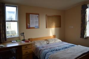 Alyssa room