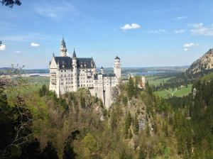 Breathtaking scenery of Neuschwanstein castle and the Bavarian landscape.