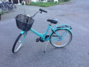 This is my beautiful bike Gwen! (Please withhold judgment of me for naming her.