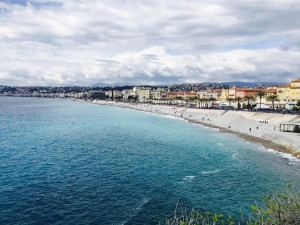 This picture of the Cote d'Azur is iconic, I couldn't believe how blue the water was!