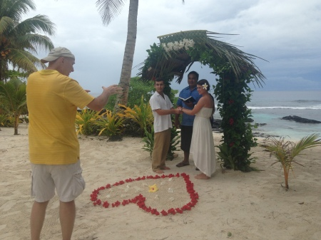 Capturing the wedding vows