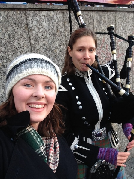The bagpipers! They may be there for the tourists, but I love the atmosphere they give anyway.