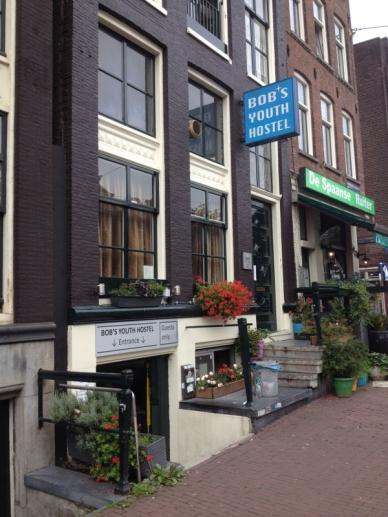 1409223314-amsterdam-hostel-bobs2.jpg