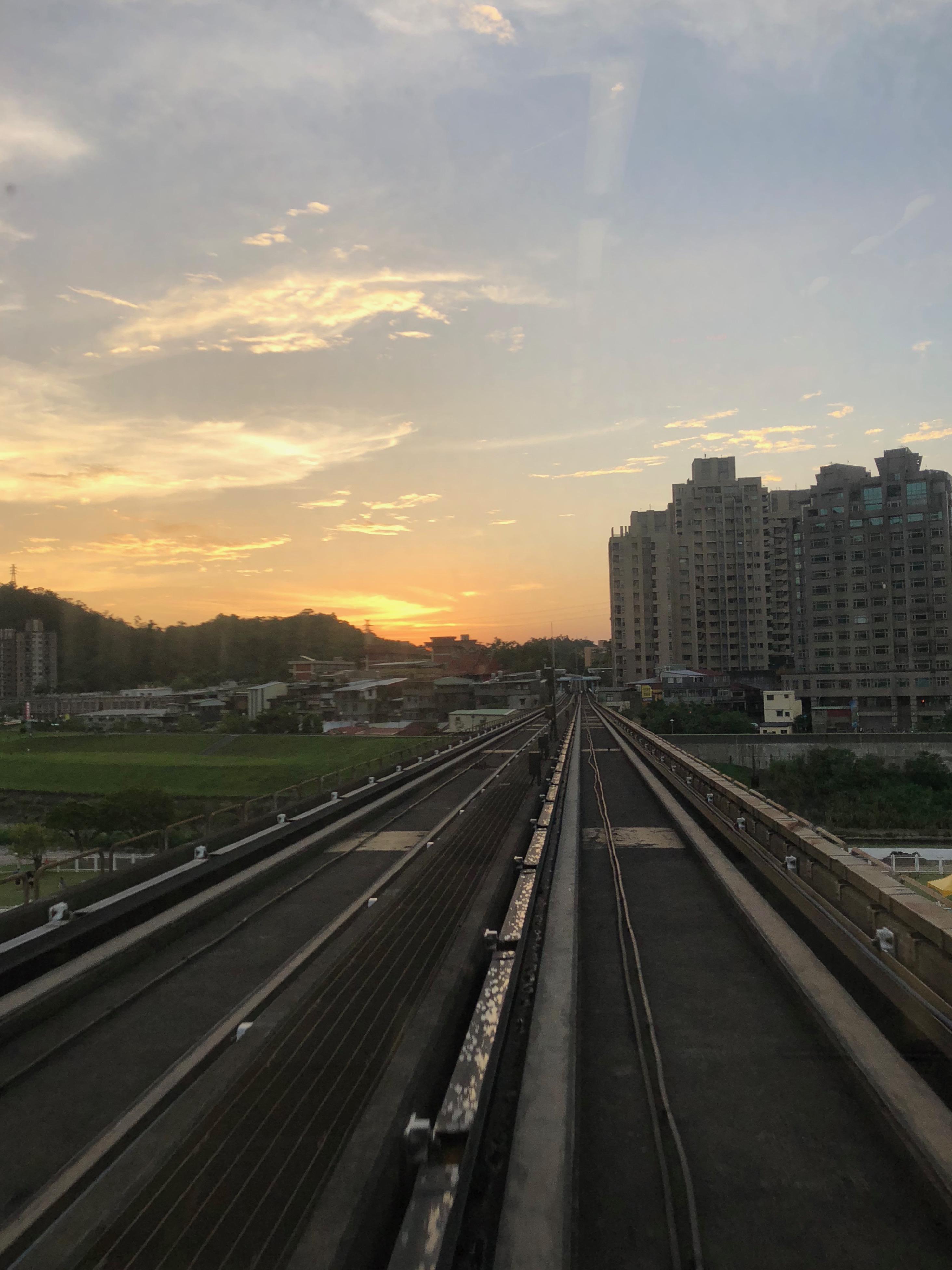Sunset_Metro